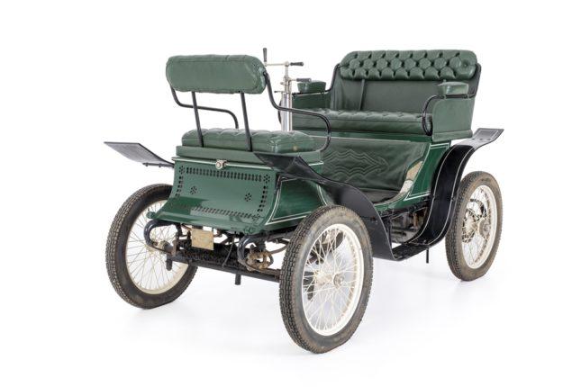 Antique Vehicles | Motor Museum